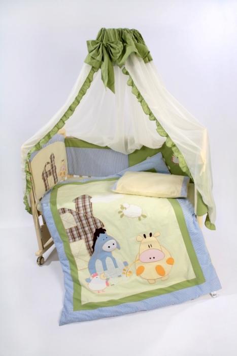 Детские наборы в кроватку