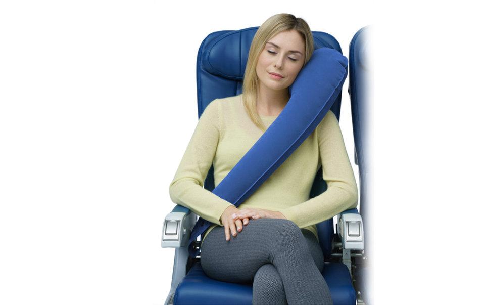 Подушка для сна в самолете